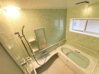 バスルームリフォーム 高性能断熱材を敷き詰めた温かいお風呂